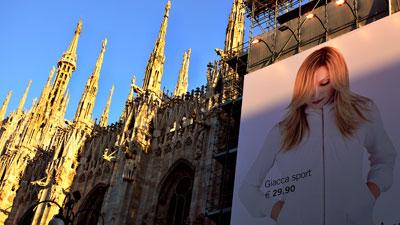 madonna Il Duomo milan h&m