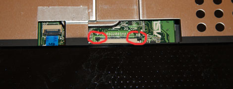 The 1005ha keyboard connector has been removed